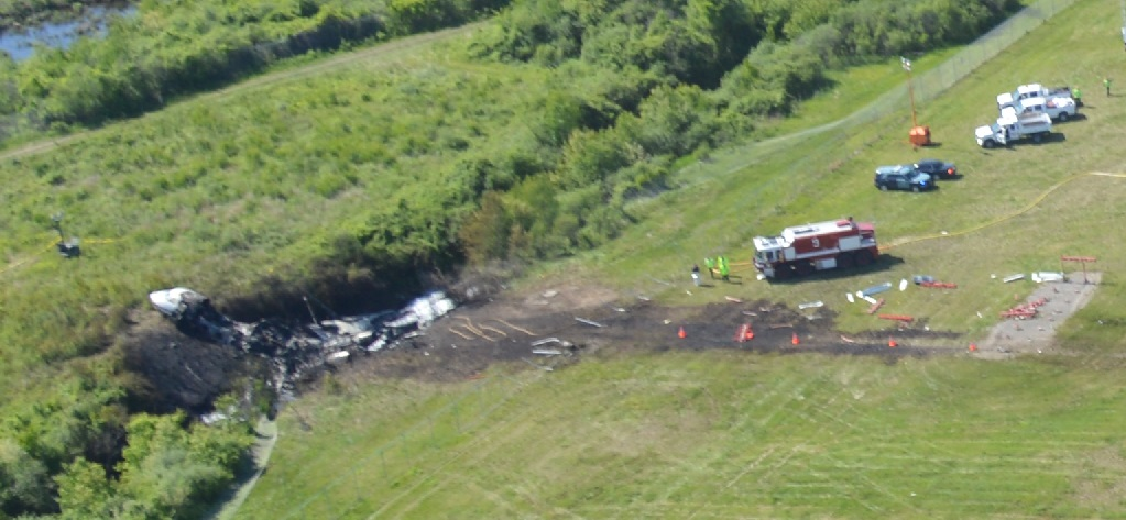 Wreckage of Gulfstream GIV N121JM at Bedford, MA (Credit: MSP via NTSB)