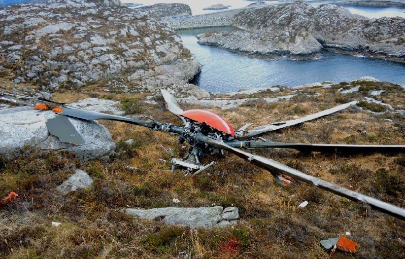 Main Rotor Head and Blades of CHC Airbus Helicopters EC225 L-OJF near Turoy, Norway (Credit: AIB Norway)