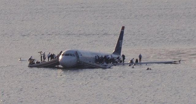 US Airways A320 N106US Ditched on the Hudson River 15 January 2009 (Credit: GregL)