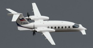 Piaggio P-180 Avanti in in-flight demonstration at Rennes AirShow 2010 (Credit: Tibboh)