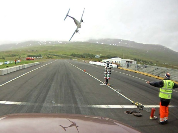 Mýflug Air King Air 200 Air Ambulance TF-MYX Just Prior to Impact near Akureyri  (Credit: ITSB)