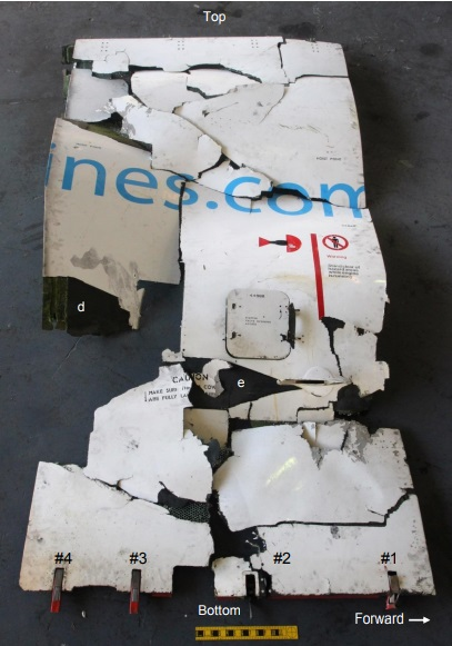 Reconstructed Fan Cowl Debris Aruba Airlines Airbus A320-200 P4-AAA (Credit: NTSB)