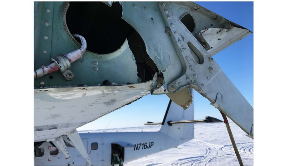 Damaged Wing Tip of Bald Mountain DHC-6 Twin Otter N716JP (Credit: NTSB)