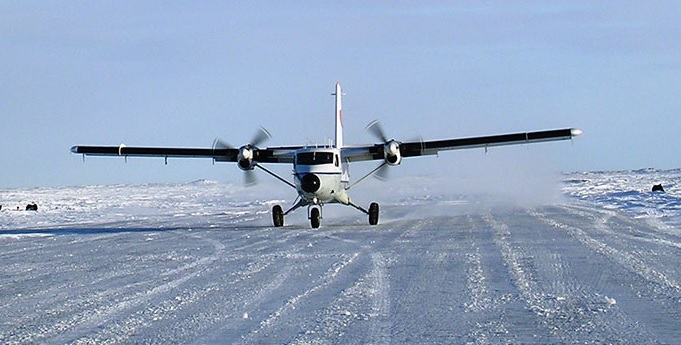 DHC-6 Twin Otter of Bald Mountain Air Services Taking Off From an Ice Runway (Credit: BMAS)