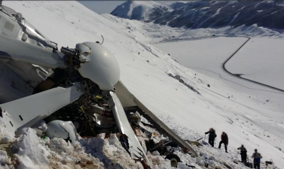 Wreckage of HEMS Leonardo AW139 EC-KJT of INAER Aviation Italia (a Babcock  company) on Mount Cefalone (Credit: ANSV)