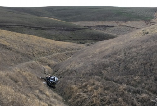 Accident Site Hells Canyon Helicopters Hughes 369D N369TH near Pomeroy, Washington (Credit: via NTSB)