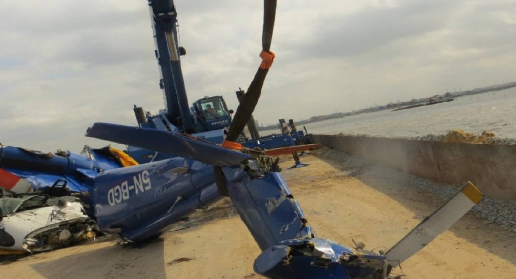 Wreckage of BHN S-76C+ 5N-BGD Recovered from Lagos Lagoon (Credit: AIB - Nigeria)
