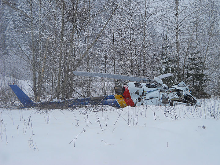 Wreckage of RCMP AS350B3 C-FMPG (Credit: RCMP via TSB)