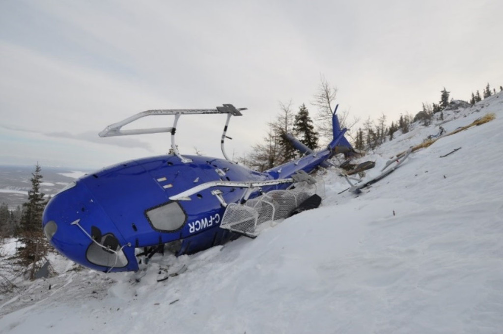 Wreckage of Sahtu Helicopters Airbus Helicopters AS350B2 C-FWCR (Credit: GSH via TSB)