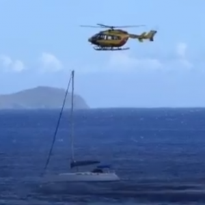 Sécurité Civile SAR Airbus Helicopters EC145 F-ZBQK and Yacht (Credit: witness video)