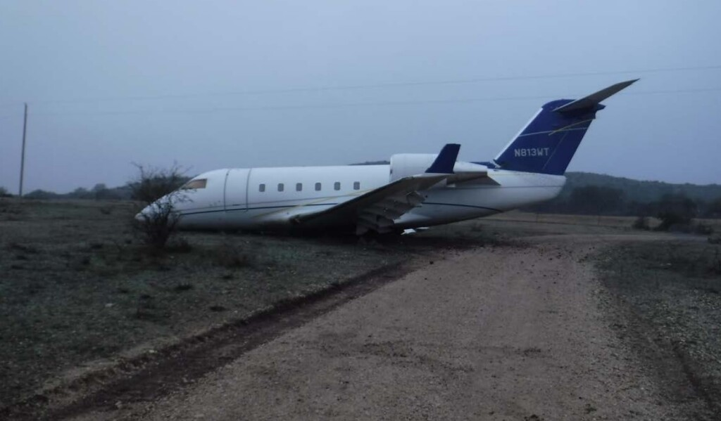 Wreckage of Canadair CL600 Challenger N813TW at Ox Ranch, TX (Credit:  Lone Star Removal via NTSB)