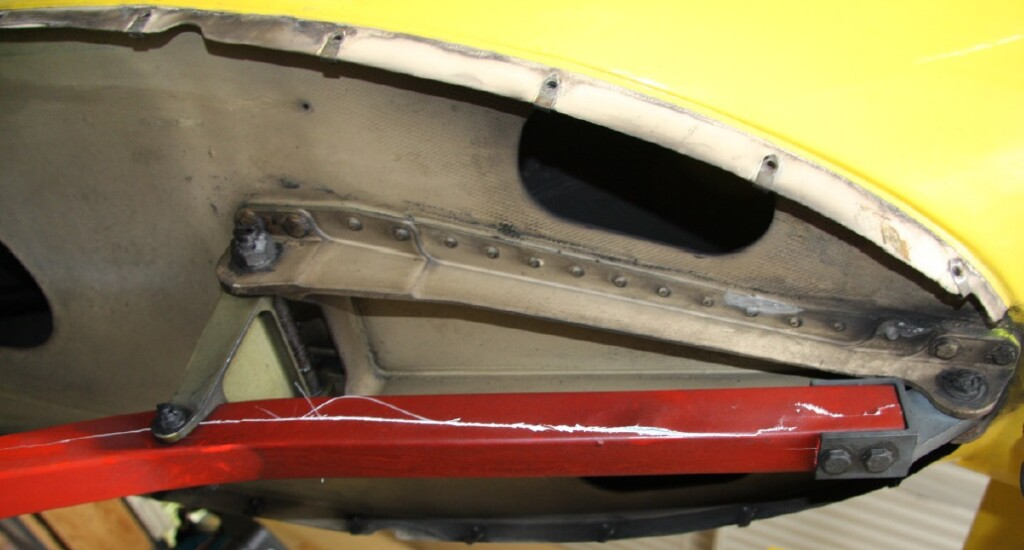 Damaged Tailskid of Northern HeliCopter SAR AS365N3 D-HNHA  (Credit: Reibel via BFU)