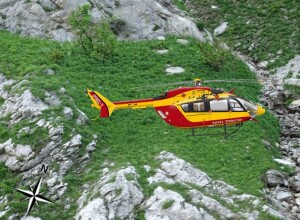 Artists Impression of Sécurité Civile Airbus Helicopters EC145 (BK117C2) F-ZBQI On-Scene (Credit: BEA-E)