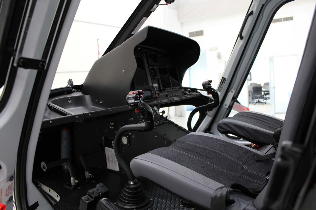 Cockpit of of Airbus Helicopters AS350Be (H125) N907PL (Credit: via NTSB)