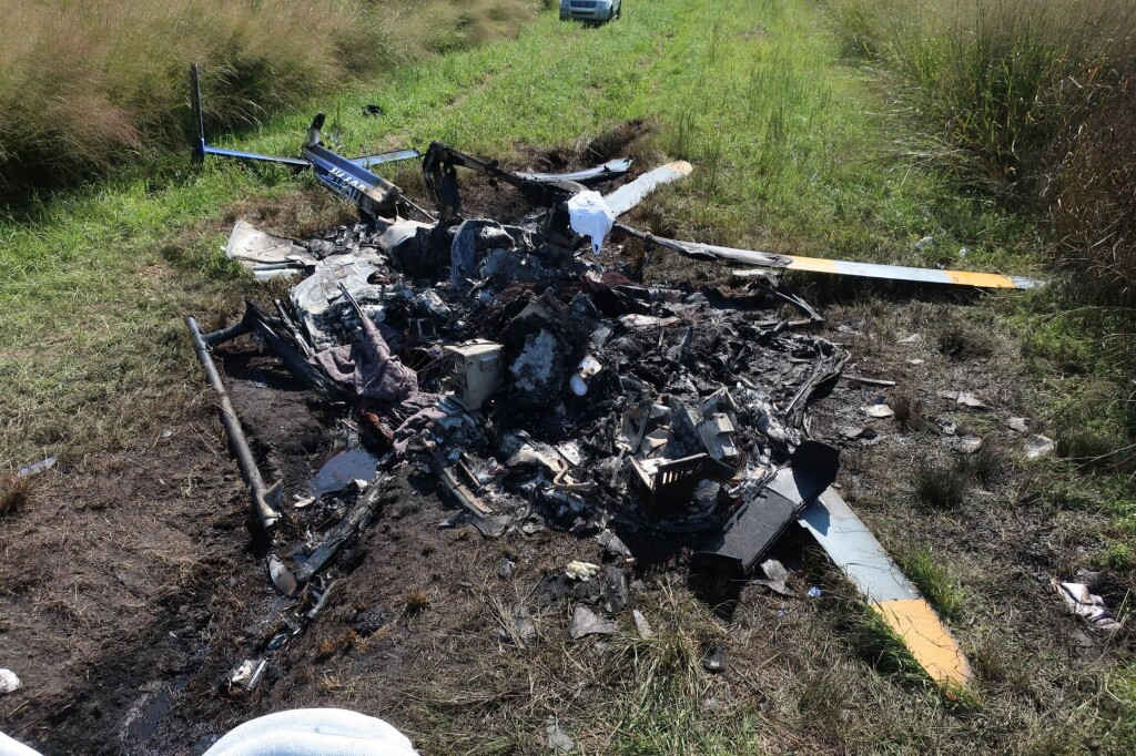 Wreckage of Air Methods / Duke Life Flight, Airbus Helicopters BK117C2 / EC145 N146DU near Hertford, NC (Credit: NTSB)