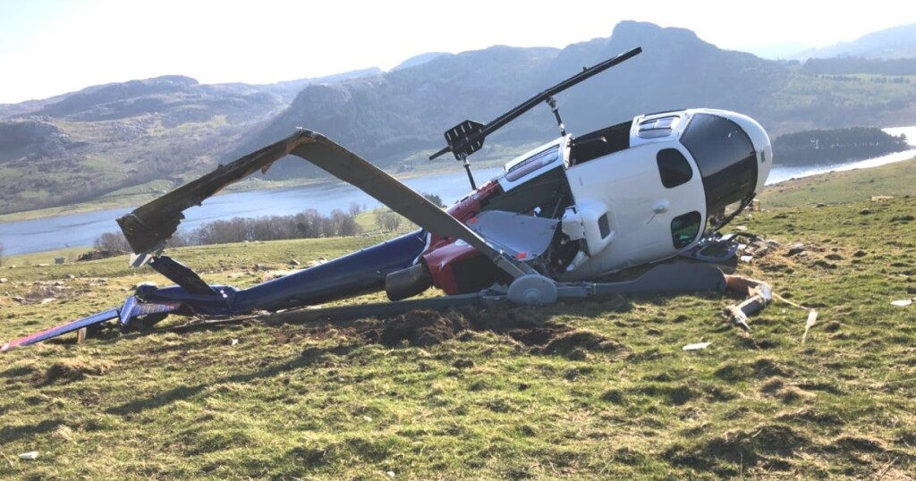 Wreckage of Helitrans Airbus AS350B3 LN-OFQ after HESLO Dynamic Rollover (Credit: Norwegian Police via NSIA)